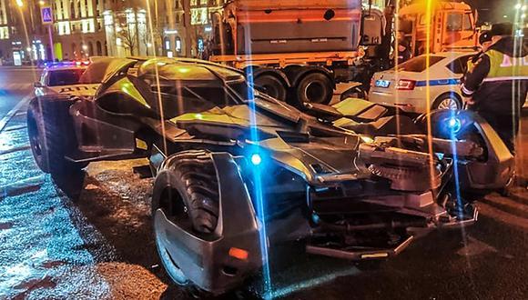 Detienen a un conductor que circulaba por Moscú con una réplica del Batimóvil. (AFP)
