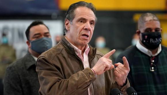 El gobernador de Nueva York, Andrew Cuomo, habla durante una conferencia de prensa en un sitio de vacunación en el distrito de Brooklyn de Nueva York, EE.UU. (Foto: Seth Wenig / Pool vía REUTERS / Archivo).