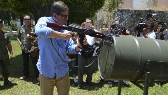 El operativo de registro de armas, que incluye la incautación de algunas de ellas que sean de guerra, seguirá en marcha hasta el 10 de mayo. Se cubrirá un área total de 27 municipios.(Foto: AP)
