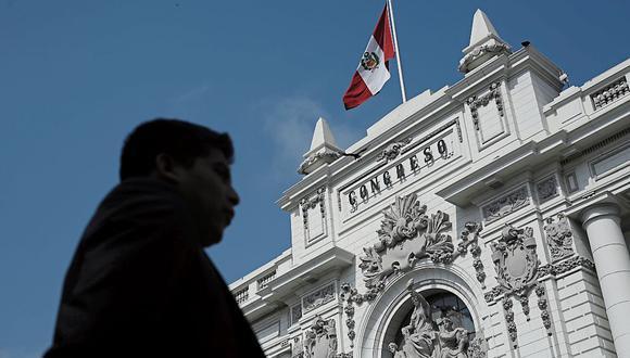 El presidente del Parlamento, Manuel Merino, informó que ya se habilitó a la contratación de siete trabajadores por despacho. Hasta la fecha solo se había permitido la incorporación de tres, y acá explicamos a quiénes fueron los primeros jales de marzo (Foto: GEC)