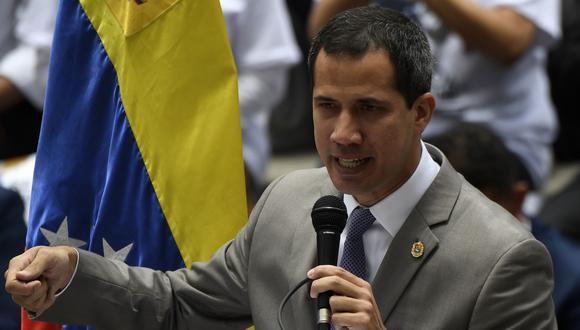 El proclamado presidente interino de Venezuela, Juan Guaidó, pretende reiniciar las jornadas de protestas contra Maduro. (Foto: AFP)