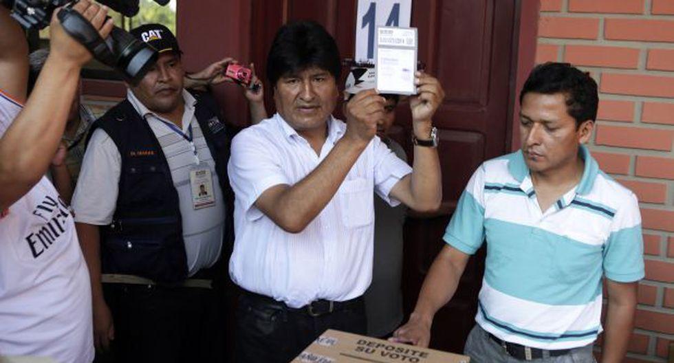 Bolivia: Morales votó y destacó el masivo voto en el exterior