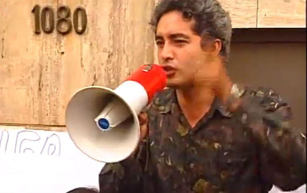 Álex Gonzáles fue vocero del partido Armonía-Frempol, en el que participaba Susana Higuchi. (Youtube Lamula. pe)