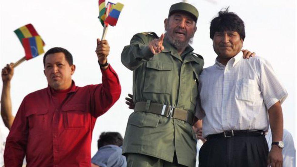 Hugo Chávez, Fidel Castro y Evo Morales impulsaron juntos la creación del ALBA-TCP. (Foto: Getty Images)