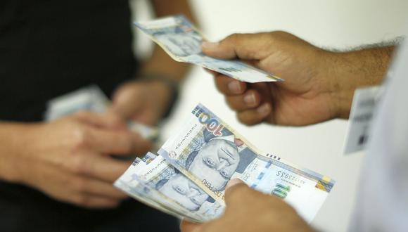 El Congreso aprobó una ley para que afiliados de las AFP retiren de sus fondos hasta 4 UIT, equivalente a un monto de S/ 17.200. (Foto: GEC)