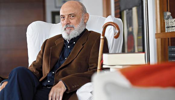Fernando Ampuero fue subdirector de la revista Caretas, director de Jaque y Somos, editor general de Canal N.