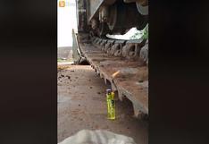 Facebook: ¿Puedes prender un encendedor con un cargador frontal?   VIDEO