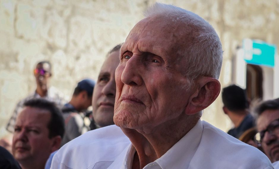 """José Ramón Fernández, fallecido a los 95 años en La Habana, era conocido popularmente como """"El Gallego"""" y tenía el título de héroe de la República de Cuba. (AFP)"""