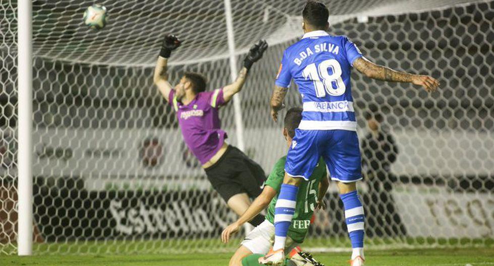 Beto da Silva al momento de anotar su primer gol con el Deportivo La Coruña. (Foto: Agencias)