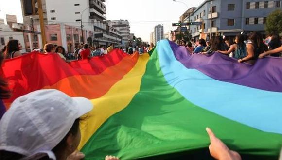 """""""Me gustaría también conocer cuál fue la pregunta exacta para autoclasificarse como homosexual o bisexual"""". (Foto: Archivo El Comercio)"""