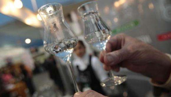 El pisco puede ser producido en Perú con ocho tipos de uvas.