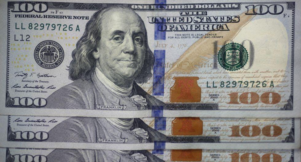 Dólar Tipo De Cambio Se Debilita Ante
