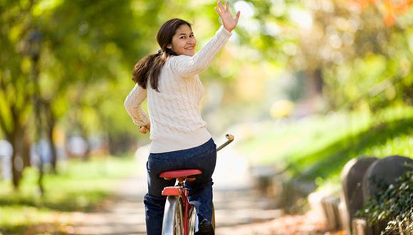 Ir a trabajar en bicicleta reduce significativamente el índice de masa corporal y el porcentaje de grasa en el cuerpo. (Foto: Shutterstock)