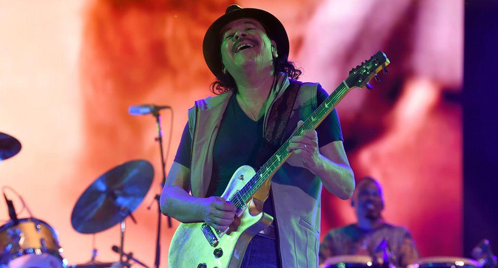 Carlos Santana durante su show en el Vive Latino 2019. (Foto: AFP)