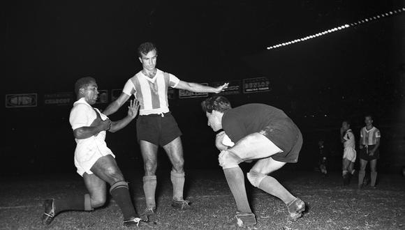 El 6 de abril de 1957, la selección peruana venció 2-1 a Argentina en el Estadio Nacional de Lima. (Foto: GEC Archivo Histórico)