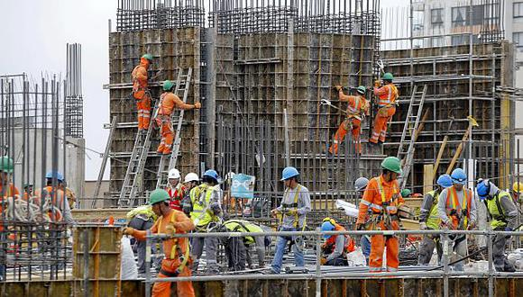 El sector construcciónse habría expandido entre un 6% y un 12% en noviembre por el impulso de la inversión pública. (Foto: GEC)
