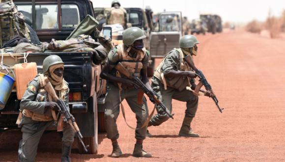 Toma de rehenes en un hotel termina con 12 muertos en Mali