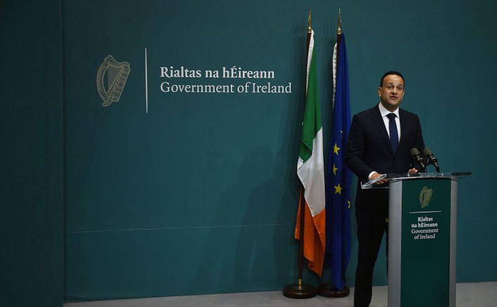 """El primer ministro irlandés, Leo Varadkar, calificó de """"positivos"""" los últimos avances sobre el acuerdo del Brexit de Theresa May. (Reuters)"""