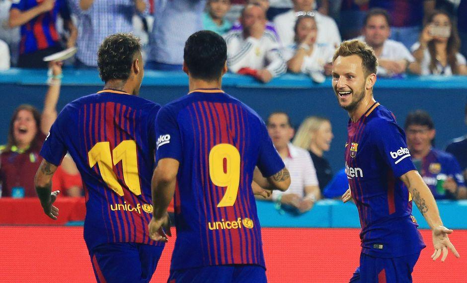 Real Madrid entró dormido al Hard Rock Stadium. Su rival, el Barcelona, lo pasó por encima en los diez primeros minutos. (Foto: AFP)