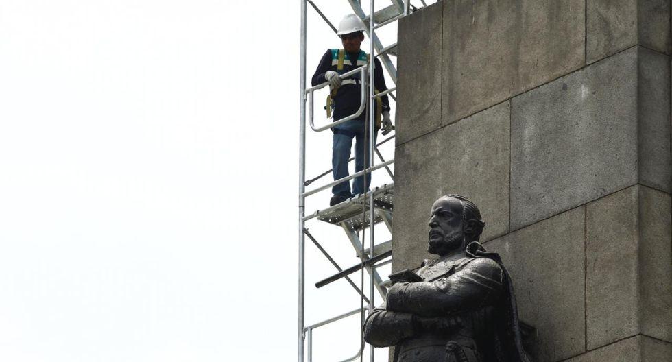 Esta semana se iniciaron los estudios técnicos para proceder a la restauración del monumento al almirante Miguel Grau Seminario, héroe durante la Guerra del Pacífico. (Foto: Leandro Britto/GEC)