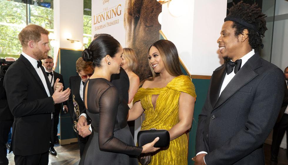 """Este fue el protocolo que cumplieron los actores de """"El Rey León"""" durante el avant premiere en Londres. (Foto: AFP)"""