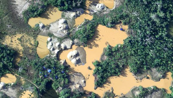 La minería ilegal es uno de los problemas más graves para el ambiente en Madre de Dios. FOTO: CEVAN – Fuerza Aérea del Perú