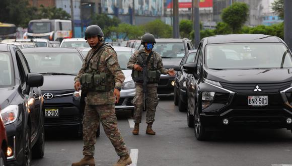 Los militares han apoyado en las labores de control durante la cuarentena por el coronavirus. (Foto: GEC)