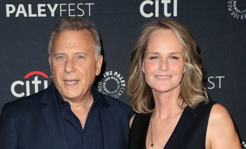 Paul Reiser y Helen Hunt empezaron la promoción del reboot de Mad about you. Aquí los vemos en setiembre en California.