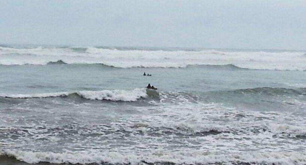 Cierran puertos de Lambayeque por fuertes oleajes