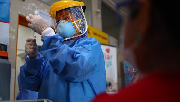 El adelanto del proceso de vacunación a las personas de 50 años a más será en Lima Metropolitana y el Callao. (Foto: GEC)