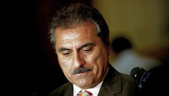 Informe de Ética recomienda suspender a Julio Gagó por 120 días