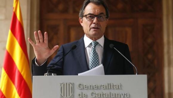 Mas anuncia una consulta alternativa sin validez en Cataluña