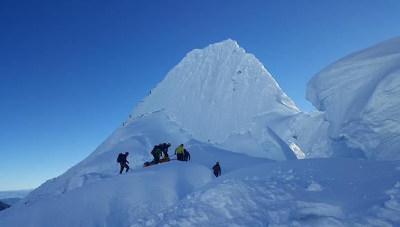 Agentes y guías de alta montaña piden instalación de unidad aérea. (Foto referencial: Casa de Guías de Alta Montaña)
