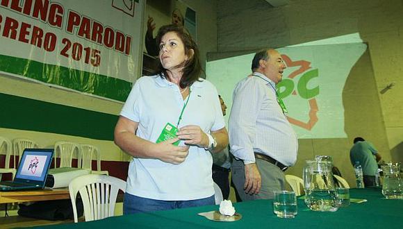 Claves de la crisis que enfrenta a Flores y Castro en el PPC