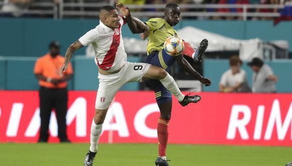 Paolo Guerrero estuvo presente en la caída ante Colombia en Miami. (Foto: AP)