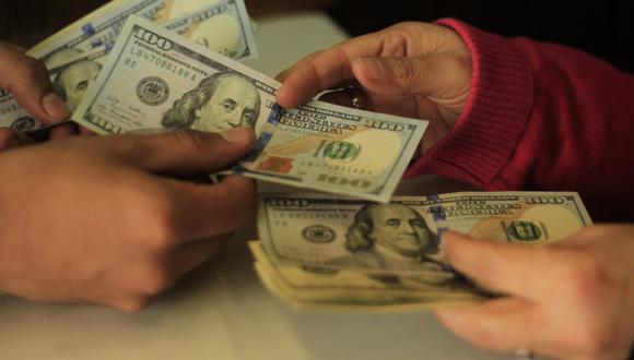 En casas de cambio, el dólar se cotiza a S/ 3.340/3.342. (Foto: USI)