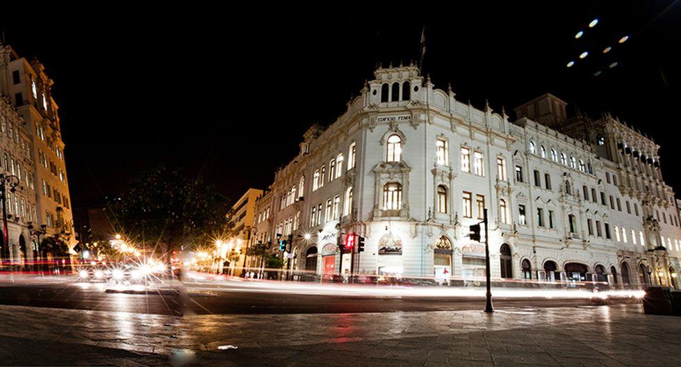 Vista de la arquitectura monumental que rodea la plaza San Martín. (Foto: Richard Hirano, El Comercio)