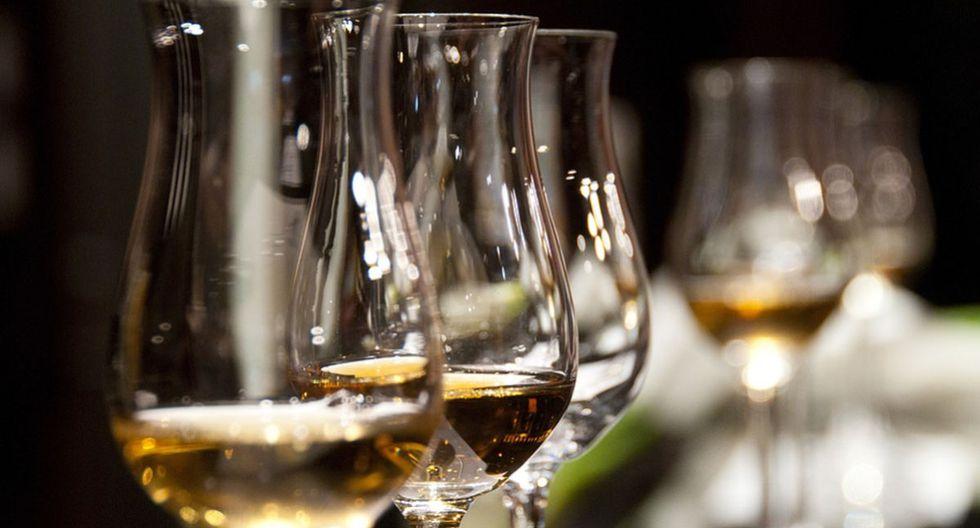 Las copas de vino fueron utilizadas de una insólita forma por una pareja de esposos. (Pixabay)