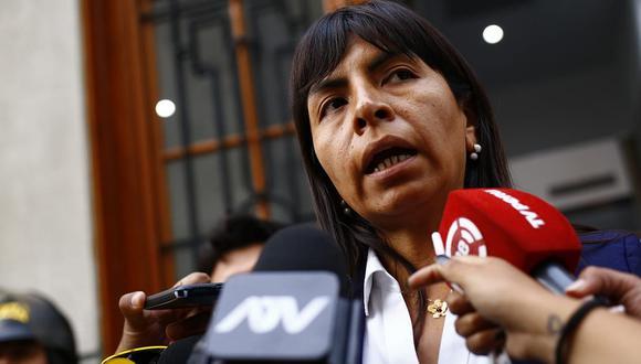 Giulliana Loza cuestionó al fiscal José Domingo Pérez haciendo uso de su cuenta de Twitter. (Foto: GEC)