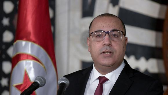 Hichem Mechichi fue destituido de sus funciones de primer ministro tras una jornada de protestas contra las autoridades del país. (Foto: FETHI BELAID / AFP).