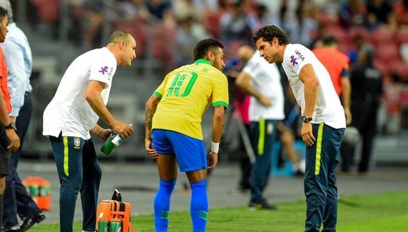 Neymar salió lesionado del partido ante Basaksehir por Champions League. (Foto: AFP)