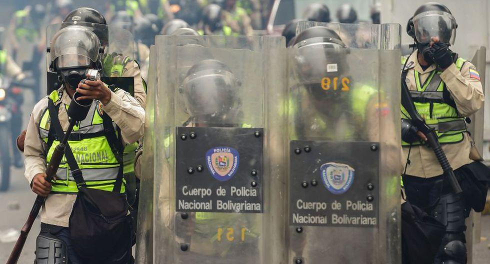 Venezuela: Duros enfrentamientos en calles de Caracas [FOTOS] - 29