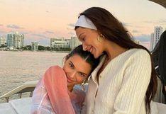Kendall Jenner y Bella Hadid derrochan afecto en paseo en yate por Miami
