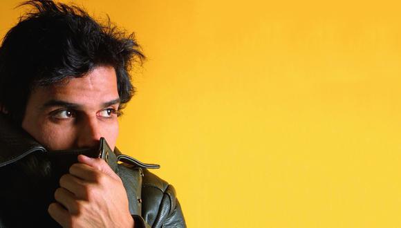 Pedro Suárez-Vértiz en el pico de su carrera solista, año 2001. Las radios se habían rendido ante los singles de su disco Degeneración actual.