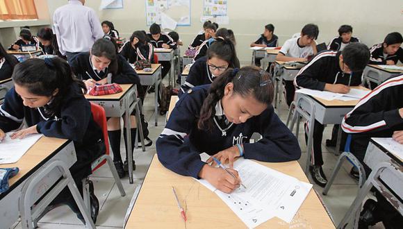 La justificación teórica del currículo escolar tiene elementos filosóficos, aunque esta materia ha sido retirada del plan de estudios.