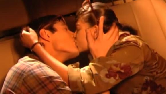 En una de las escenas Betty y Nicolás se dan un apasionado beso y esto provocó los celos de Don Armando (Foto: Netflix)