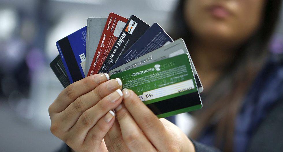 Es conveniente que el cliente se informe del uso adecuado de la tarjeta de crédito. Así se podrá utilizar los beneficios de su plástico para un mayor provecho. Aquí diez consejos del Indecopi. (Foto: GEC)