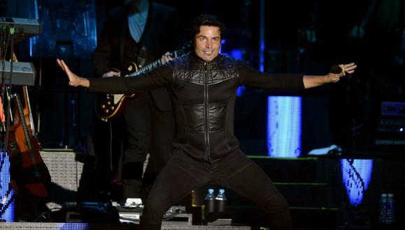 Puerto Rican singer and musician Chayanne performs at the Zocalo Square in Mexico City, on February 9, 2013. AFP PHOTO/Alfredo Estrella (Photo by ALFREDO ESTRELLA / AFP)