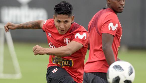 Raúl Ruidíaz anotó su último gol con la selección peruana en marzo del 2018. (Foto: AFP)