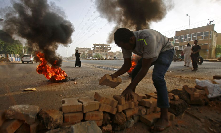 Sudán: La represión de protestas en Jartum se saldó con 101 muertos   Omar al Bashir. (AFP).